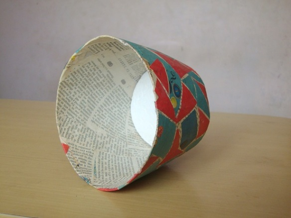 how to make paper mache lamp shade