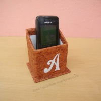DIY Recycled Phone Stand