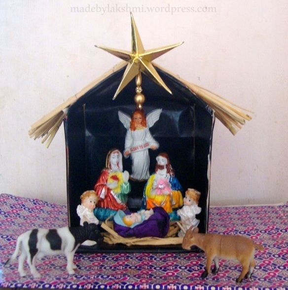 DIY Christmas crib - Nativity scene